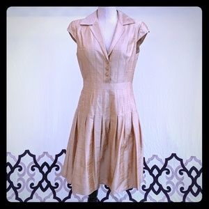 Kay Unger formal silk dress pleated skirt gold 10